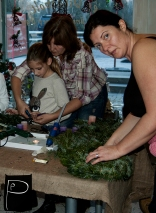workshop_advent_wreath_punctually_punch_15