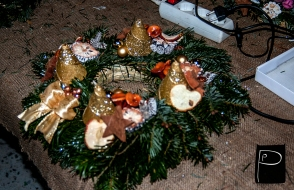 workshop_advent_wreath_punctually_punch_7