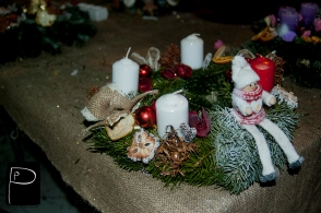workshop_advent_wreath_punctually_punch_5