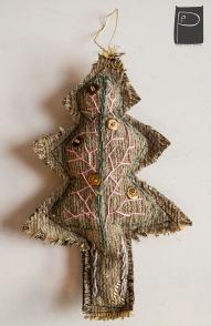 textile_oralments_xmas_handmade_wooden_pearls_2