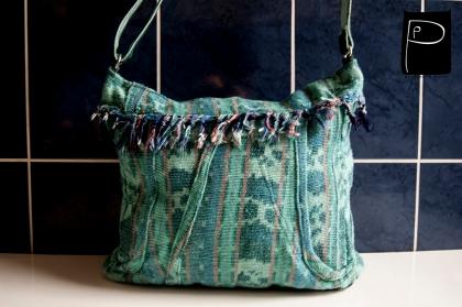 recycling_waistcoat_transform_sholderbag_unique_bag_1