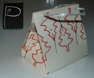 diy_paper_bag_pattern_xmas_present_5